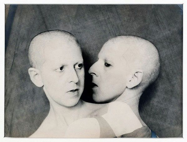 Fotó: Claude Cahun: Que me veux tu? (What do you want from me?), 1929 © Musée d'Art Moderne de la Ville de Paris