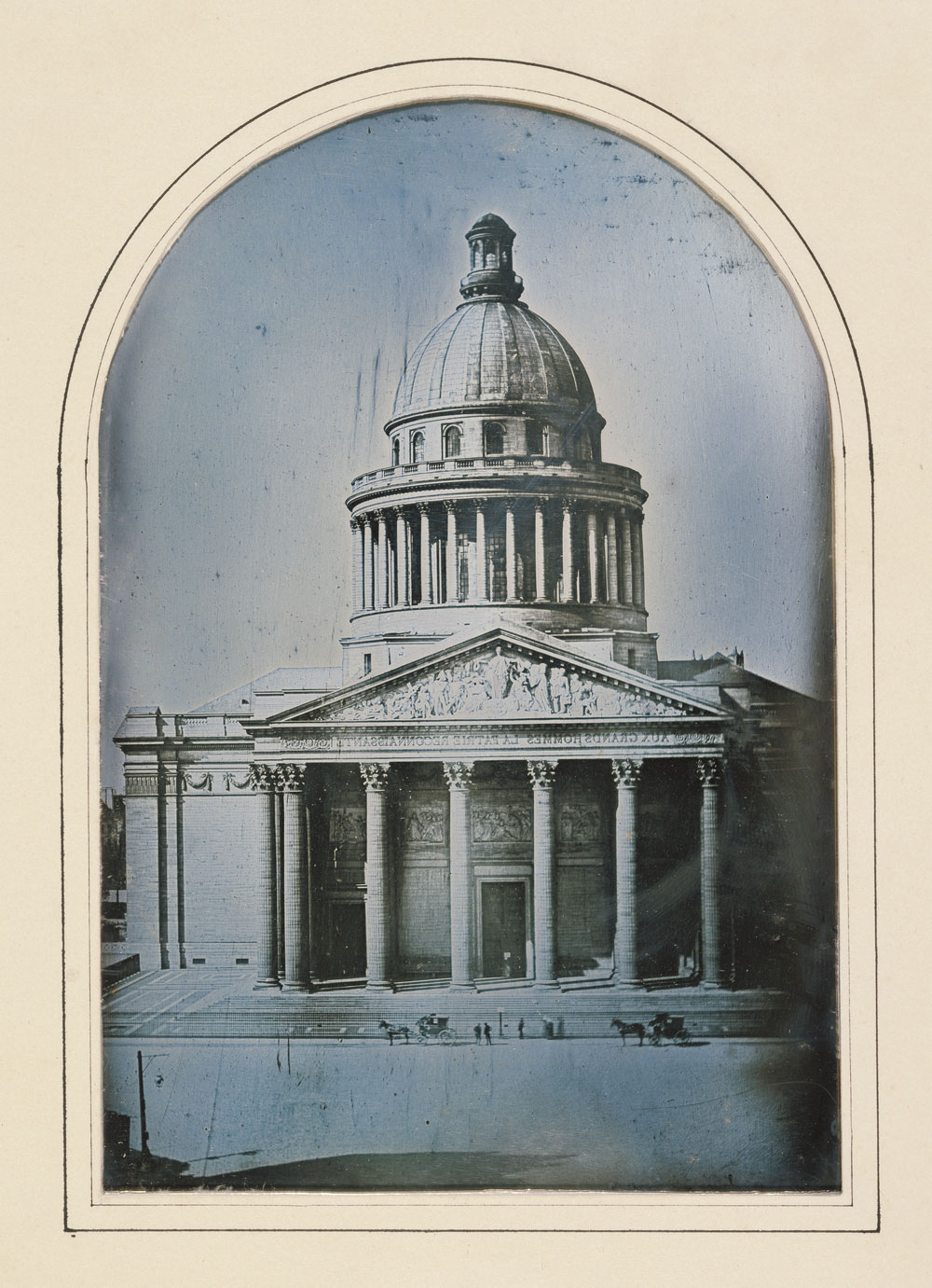 Fotó: Alphonse-Louis Poitevin (French, 1819-1882)<br />The Pantheon, Paris<br />1842<br />Daguerreotype<br />1/2 plate<br />Image: 15.1 x 10.2 cm (5 15/16 x 4 in.)<br />Mat: 21.5 x 15.6 cm (8 7/16 x 6 1/8 in.)<br />Object (whole): 27.9 x 21.9 cm (11 x 8 5/8 in.)<br />The J. Paul Getty Museum, Los Angeles
