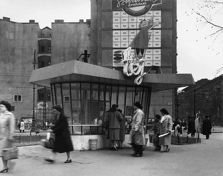 Fotó: Tejivó a Marx (most Nyugati) téren, 1959 © Budapesti Városépítési Tervező Vállalat