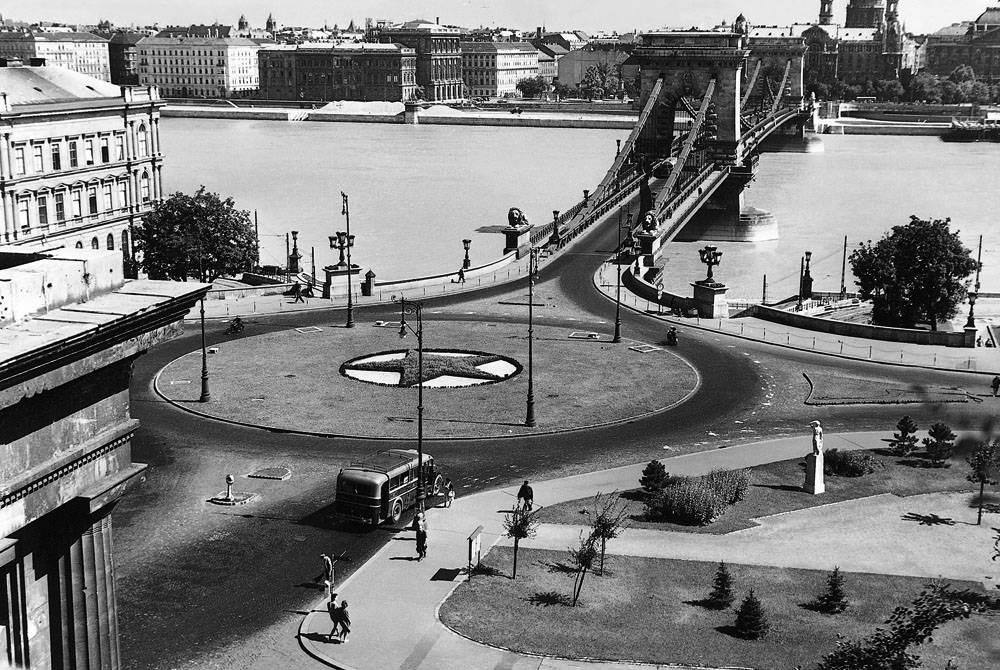 Fotó: A Clark Ádám tér, 1950-es évek vége © Budapesti Városépítési Tervező Vállalat
