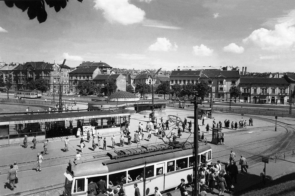 Fotó: A Moszkva tér, 1950-es évek vége © Budapesti Városépítési Tervező Vállalat