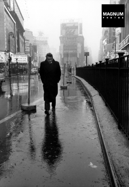 Fotó: Dennis Stock: New York City. 1955. James Dean © Dennis Stock/Magnum Photos