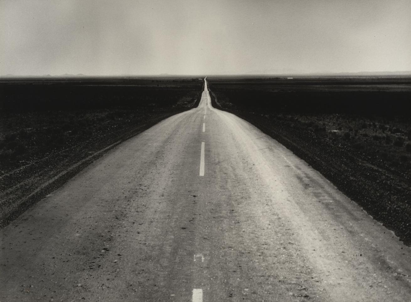 Fotó: Dorothea Lange: The Road West, New Mexico, 1938