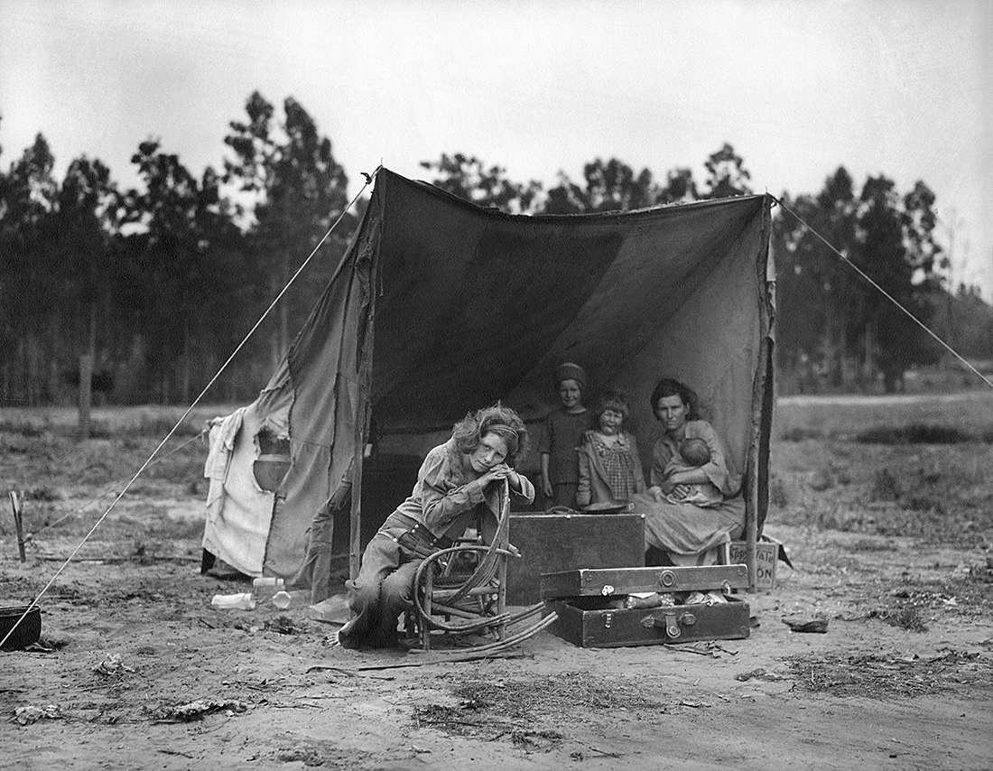 Fotó: Dorothea Lange: Vándorló anya, Nipomo, California, 1936<br />© The Dorothea Lange Collection, the Oakland Museum of California, City of Oakland. Gift of Paul S. Taylor