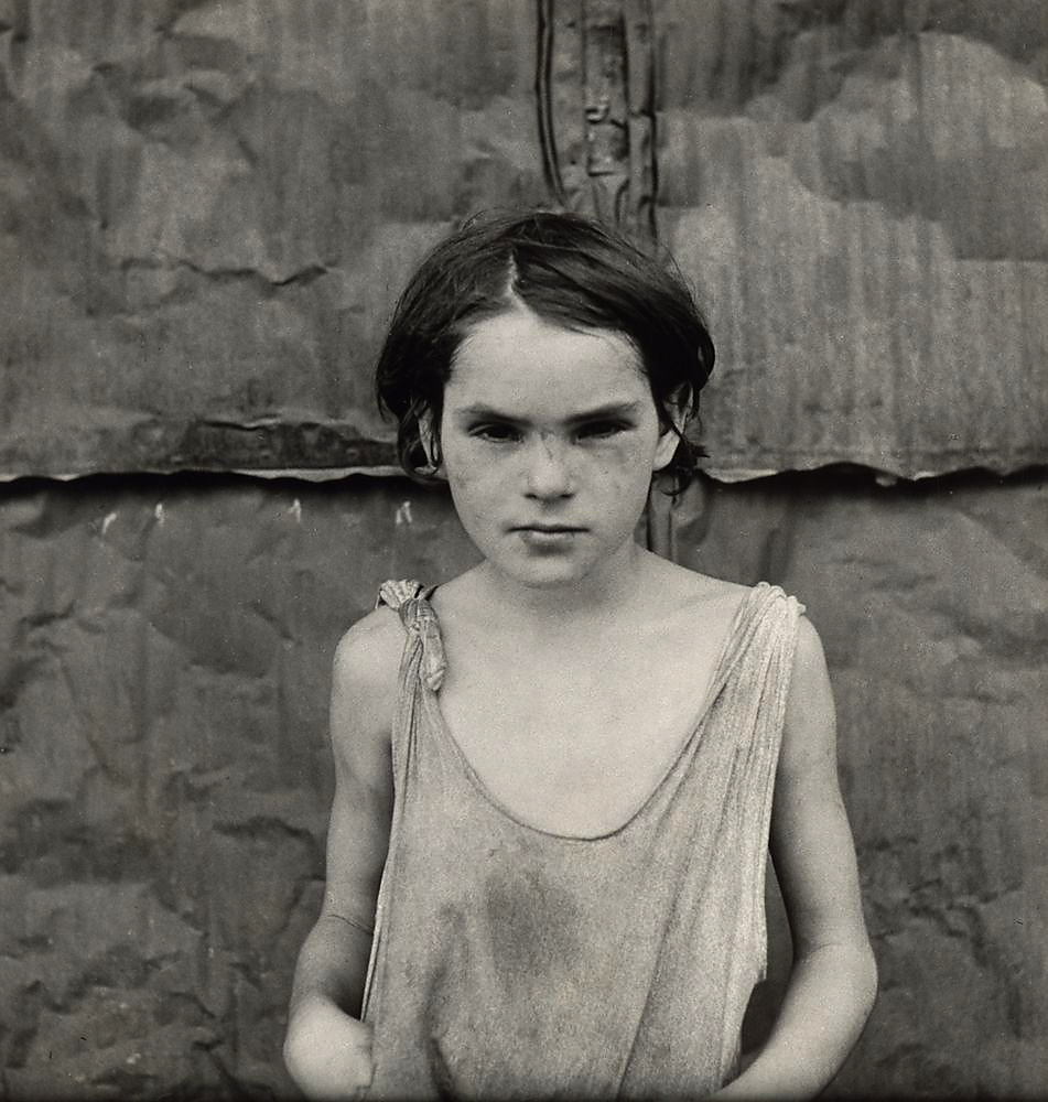 Fotó: Dorothea Lange: Shacktown, Elm Grove, Oklahoma, 1936 © The Dorothea Lange Collection, Oakland Museum of California, City of Oakland<br />Gift of Paul S. Taylor