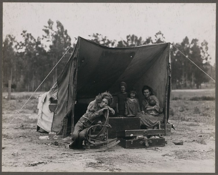 Dorothea-Lange-Destitute-pea-pickers-in-California.-Mother-of-seven-children.-Age-thirty-two.-Nipomo-CA-1936-05-752x603.jpg