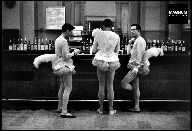 Fotó: Elliott Erwitt: New York City. 1956 © Elliott Erwitt/Magnum Photos