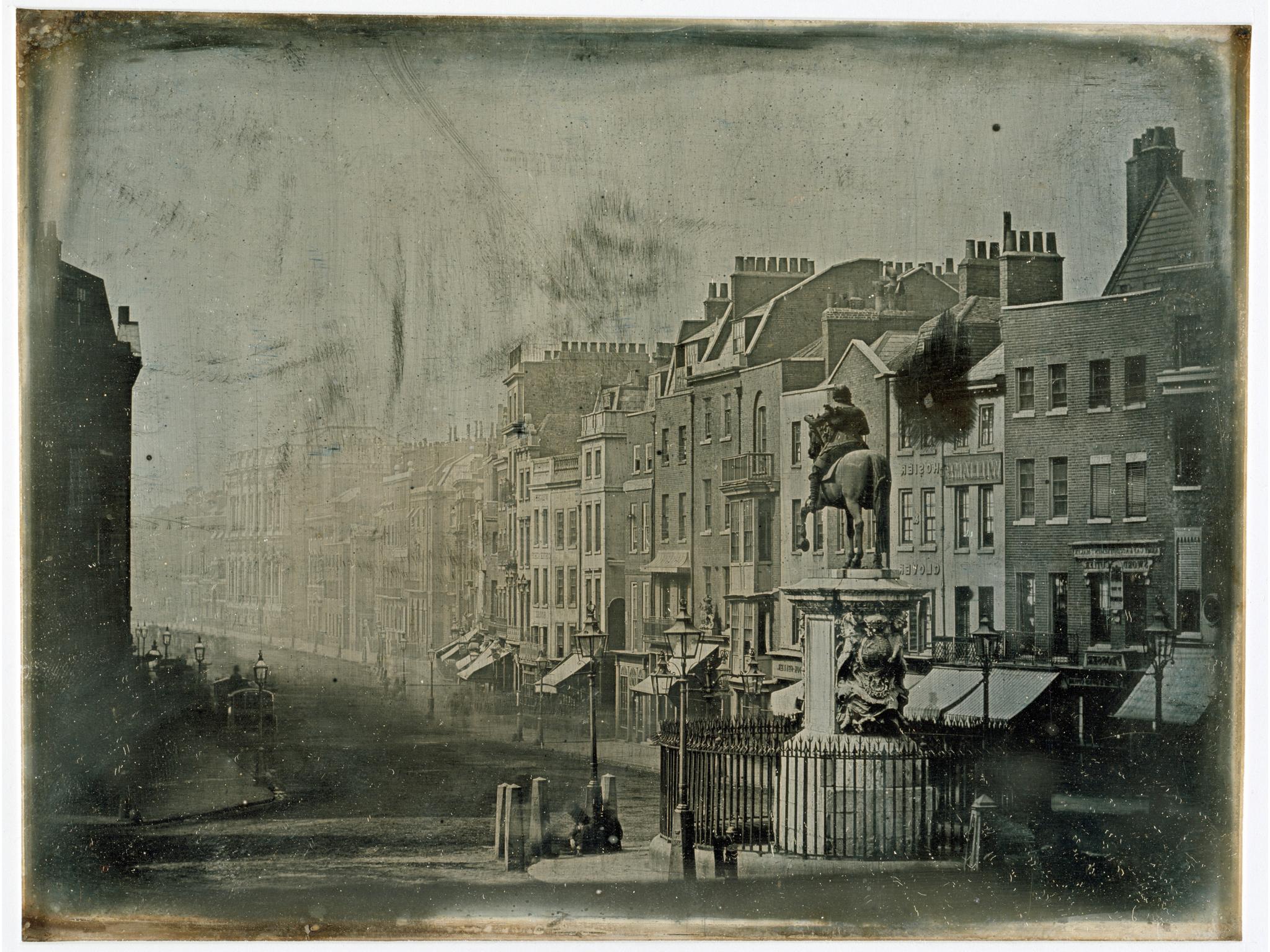 London, 1839<br />Fotó: Monsieur de St Croix: Parliament Street from Trafalgar Square,