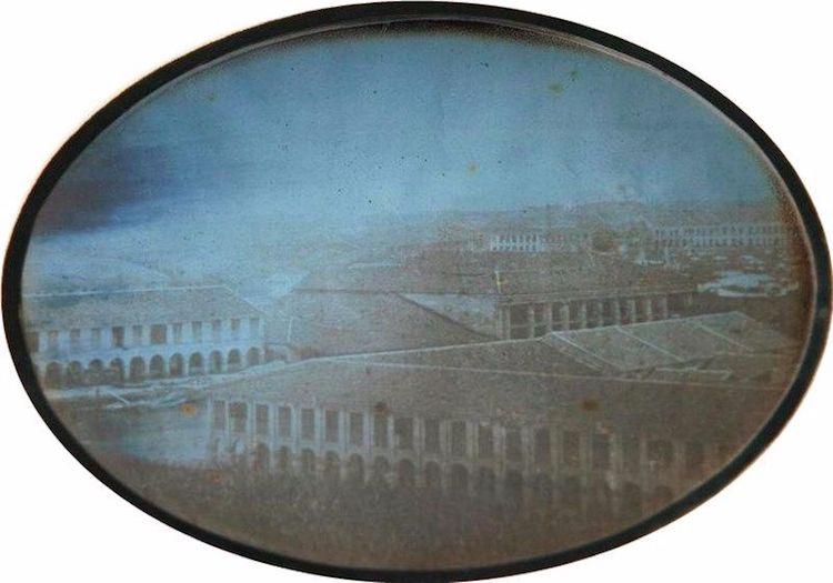 Szingapúr, 1844<br />Fotó: Alphonse-Eugene-Jules: Szingapúr, (Government Hill, ma Fort Canningként ismert), 1844