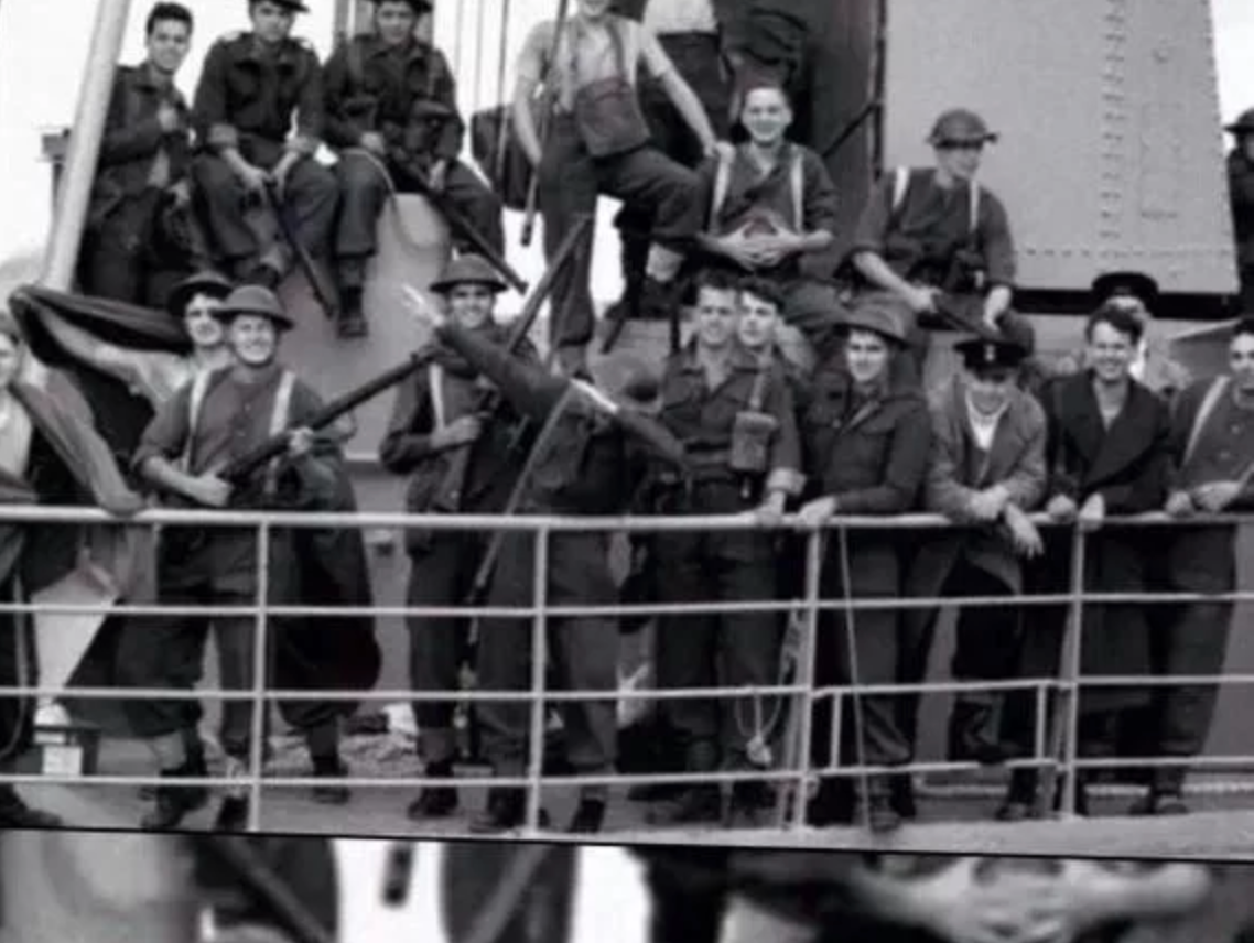 """Ez a fotó azzal a képaláírással kering a neten, hogy """"ez a világ legelső dab mozdulata"""". A képaláírás szerint a fotó 1932-ben készült."""