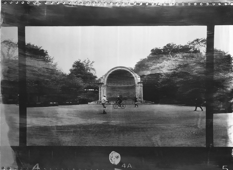 Fotó: Vékás Magdolna: Central Park, biciklis, New York, 2002 © Vékás Magdolna