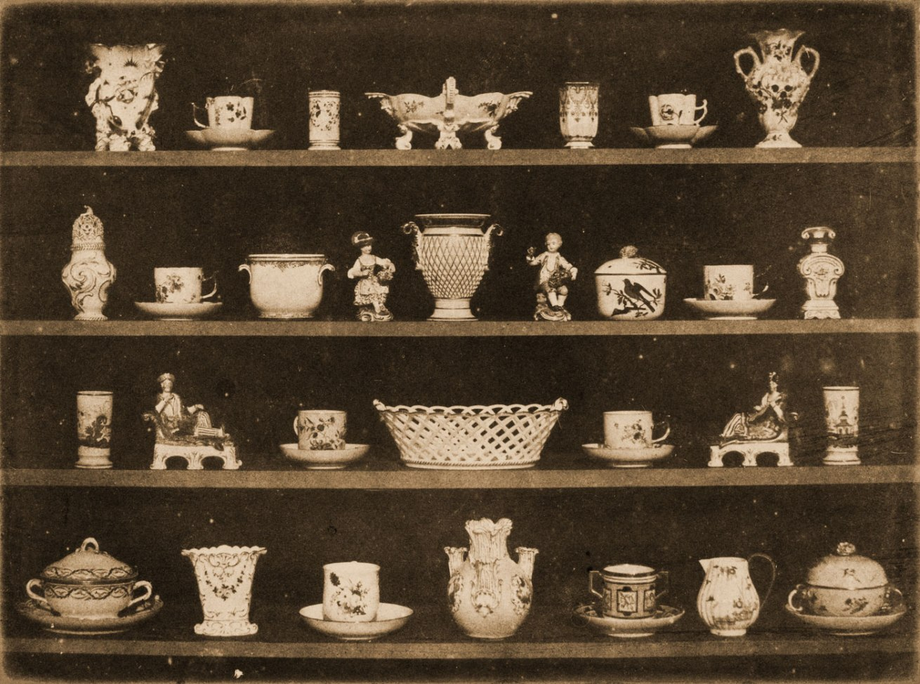 William Henry Fox Talbot <br />Articles of China<br />c. 1844<br />Calotype<br />5 3/8 x 7 1/8 in. (13.65 x 18.1 cm)<br />The Marjorie and Leonard Vernon Collection, gift of The Annenberg Foundation, acquired from Carol Vernon and Robert Turbin
