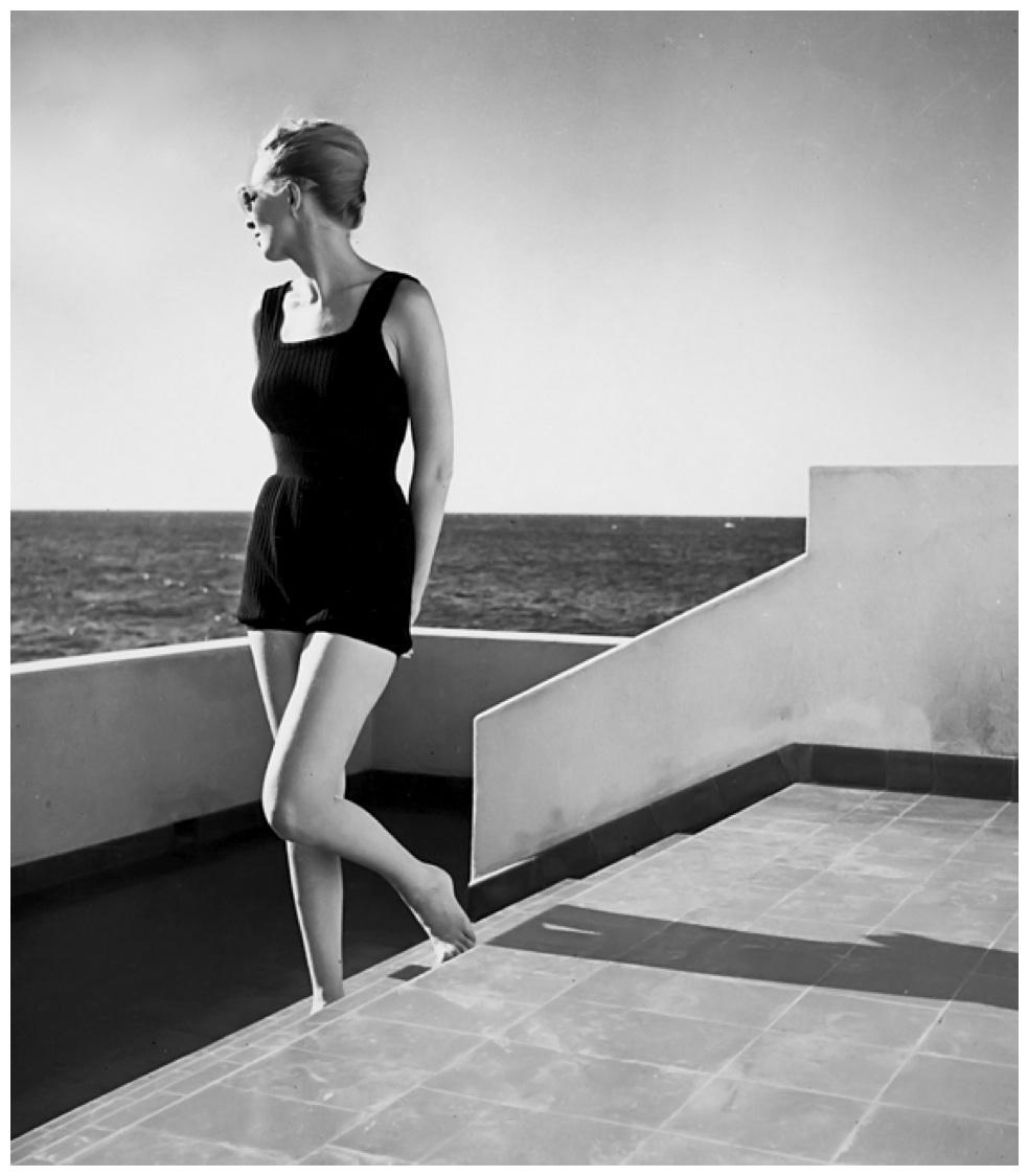 Fotó: Louise Dahl-Wolfe: Model Elizabeth Gibbons in Cuba, 1941 © Louise Dahl-Wolfe Archive