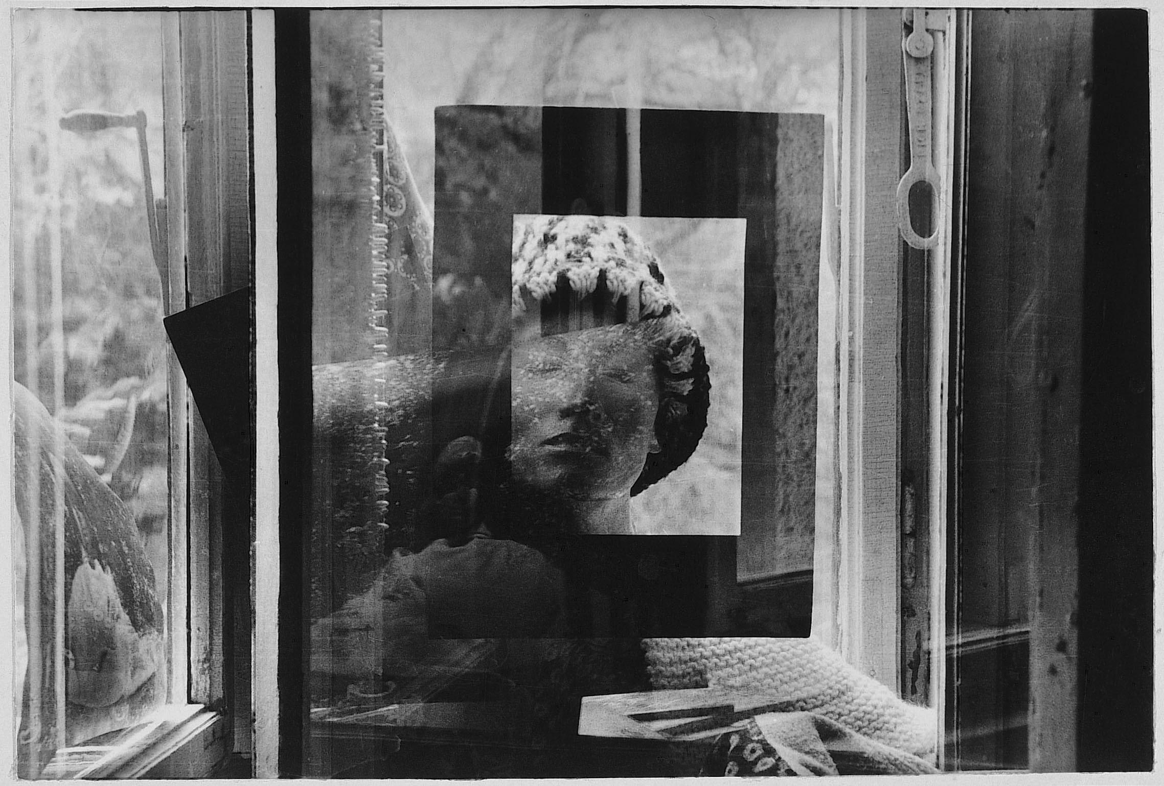 Fotó: Jovánovics György: Liza Wiathruck: Holos Graphos, 1976. 44 – A képvákuum szívó hatása