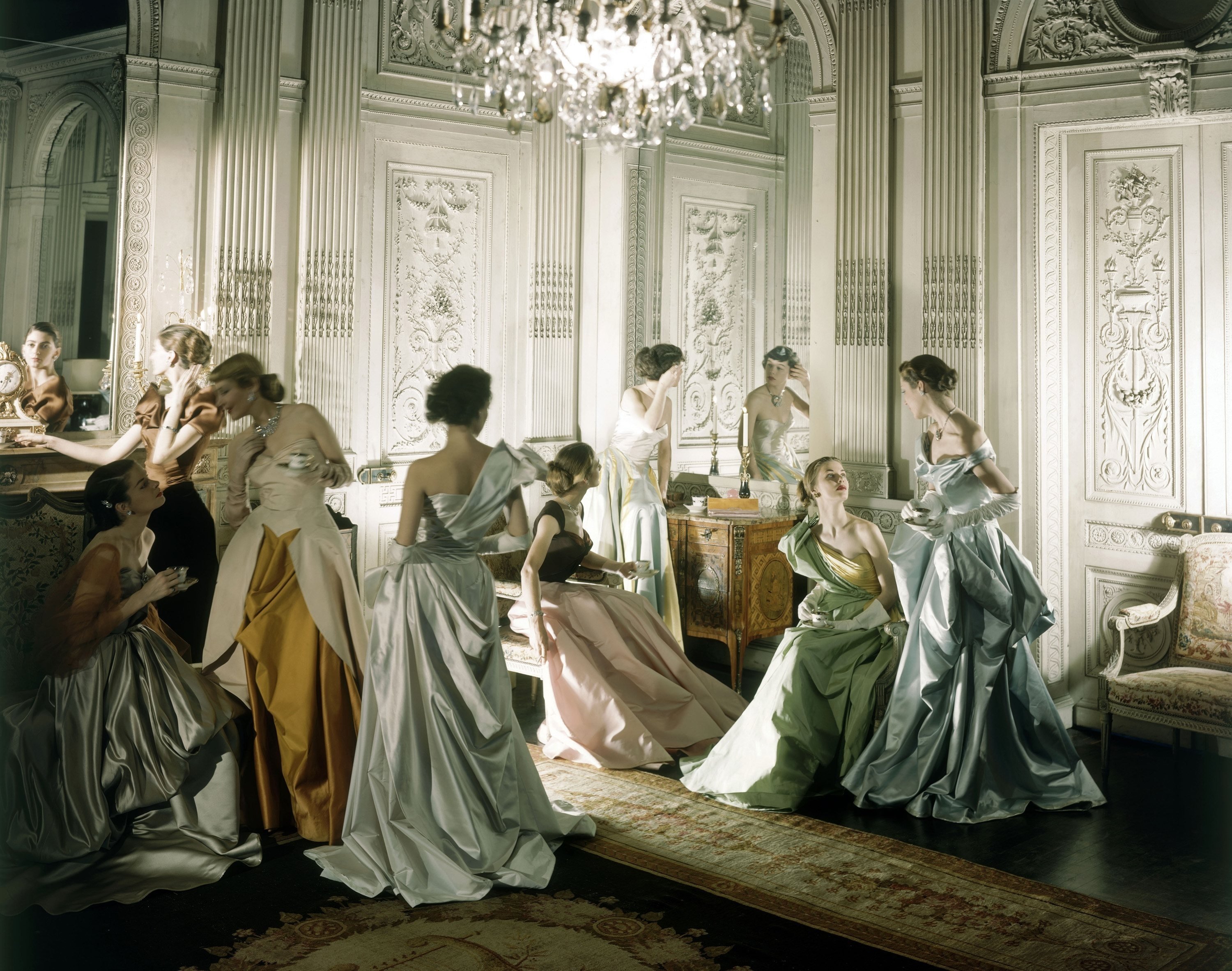 10charles-james-gowns-by-cecil-beaton1948-1.jpg