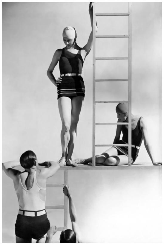george-hoyningen-huene-models-in-jersey-swimwear-1929.jpg