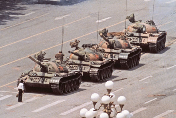 Fotó: Jeff Widener: Tank Man, Tienanmen, Peking, 5. Juni 1989