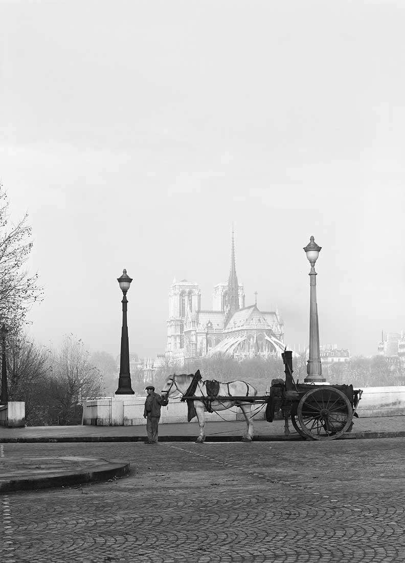 Fotó: Pont de la Tournelle, Paris<br />1948<br />René-Jacques<br />© ministère de la Culture / Médiathèque de l'architecture et du patrimoine / Donation René-Jacques