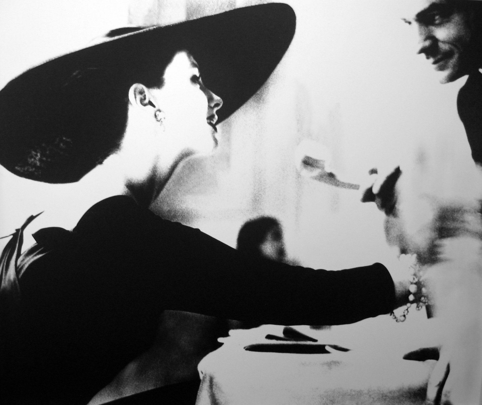 Fotó: Lillian Bassman:  'The V-Back Evenings', Dress by Trigere, Suzy Parker, New York, Harper's Bazaar, July 1955