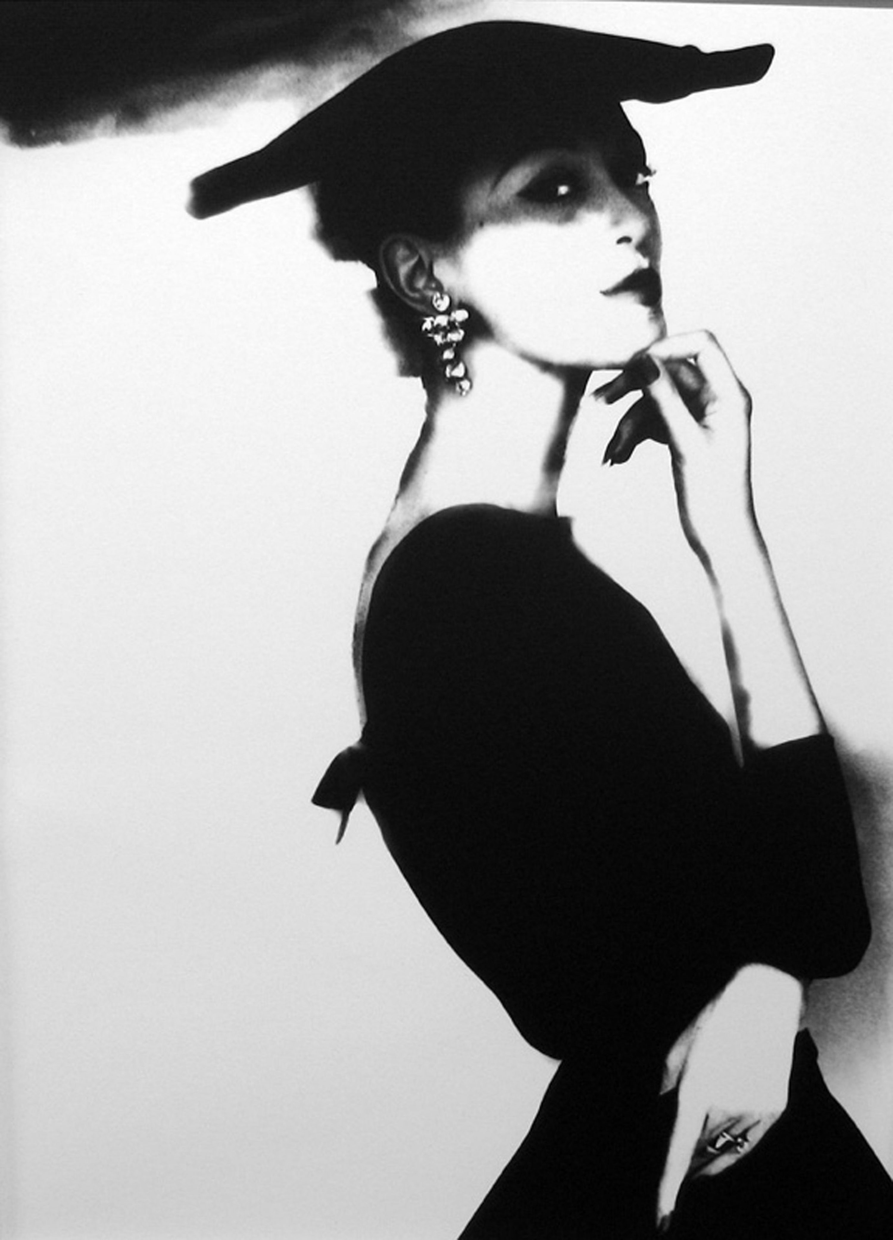 Fotó: Lillian Bassman: Barbara Mullen, Harper's Bazaar, New York, c. 1958