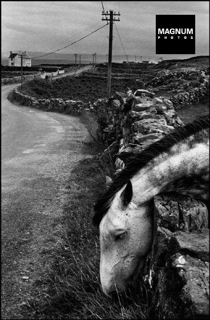 Fotó: Josef Koudelka: Ireland, 1972 © Josef Koudelka/Magnum Photos