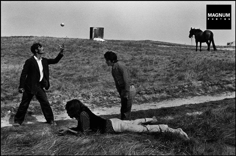 Fotó: Josef Koudelka:  Brittany. 1973 © Josef Koudelka/Magnum Photos