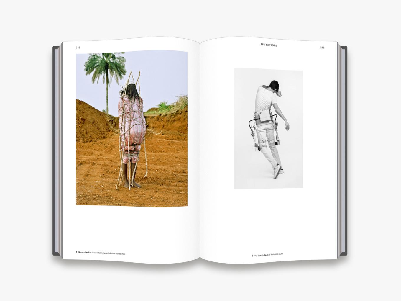 BODY<br />Kiadó: Thames & Hudson, 2019<br />Kötés: keménytáblás<br />Oldalszám: 432 oldal<br />Nyelv: angol<br />ISBN: 9780500021583<br />Ár: 19.900,- Ft<br /><br />Mai Manó Könyvesbolt<br />Telefon: 0630 505 0622<br />E-mail: bookshop@maimano.hu