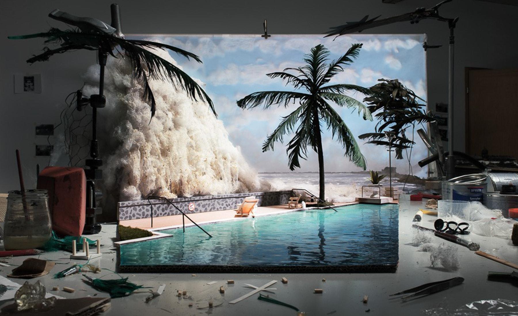Fotó: Cortis & Sonderegger: Making of 'Tsunami' (by Unknown tourist, 2014), 2015 © Thames and Hudson / Cortis & Sonderegger