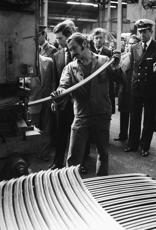 Fotó: Lazukics Anna: Herceg a gyárban, Becse, 1987