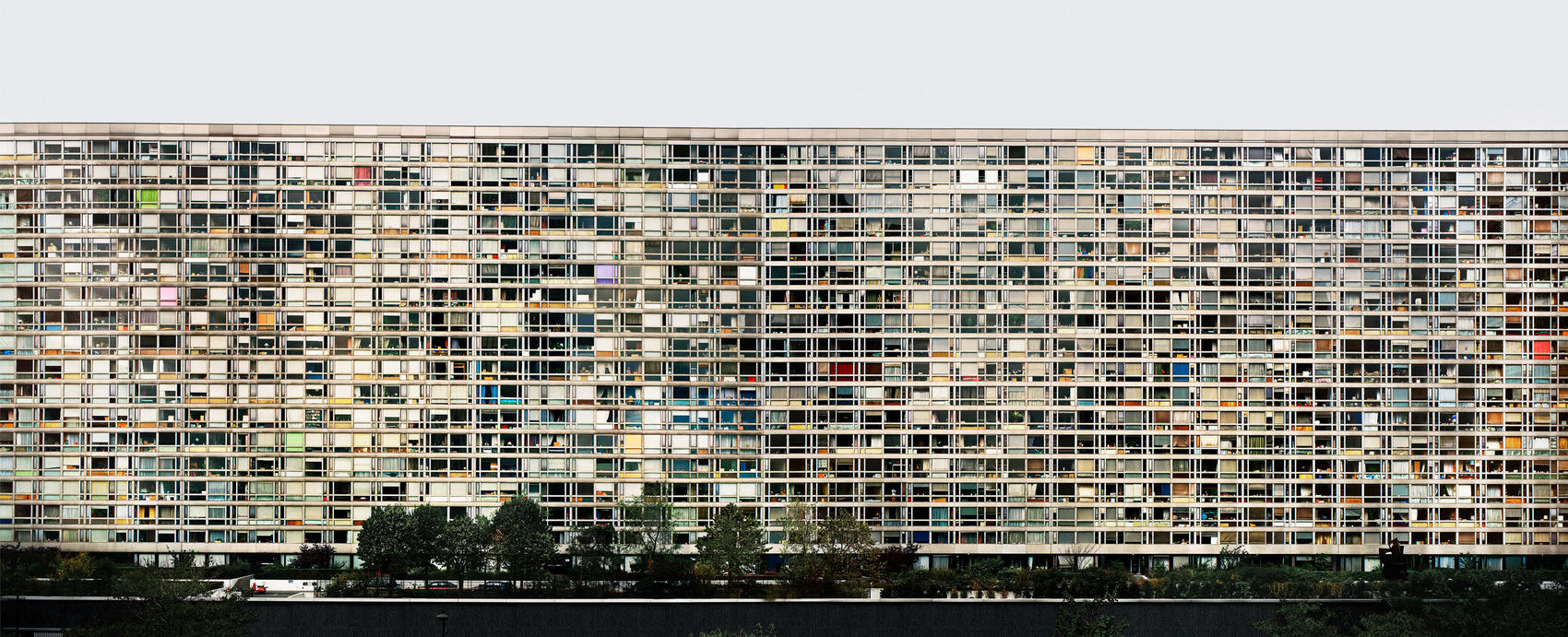 11.<br />Fotó: Andreas Gursky: Paris, Montparnasse (1993)<br />$2,416,475<br />October 17, 2013<br />Sotheby's London
