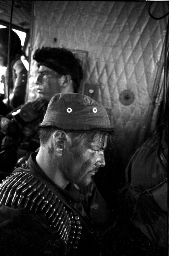 Fotó: Kondor László: Mélységi felderítők bevetés előtt, Arkansas egység, 1970