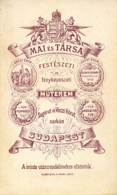 Fotó: Andrássy (Sugár) út és a Bajcsy-Zsilinszky út (Váci körút) sarkán, Mai Manó és Társa festészeti és fényképészeti műterme. A felvétel 1879-ben készült. © Fortepan