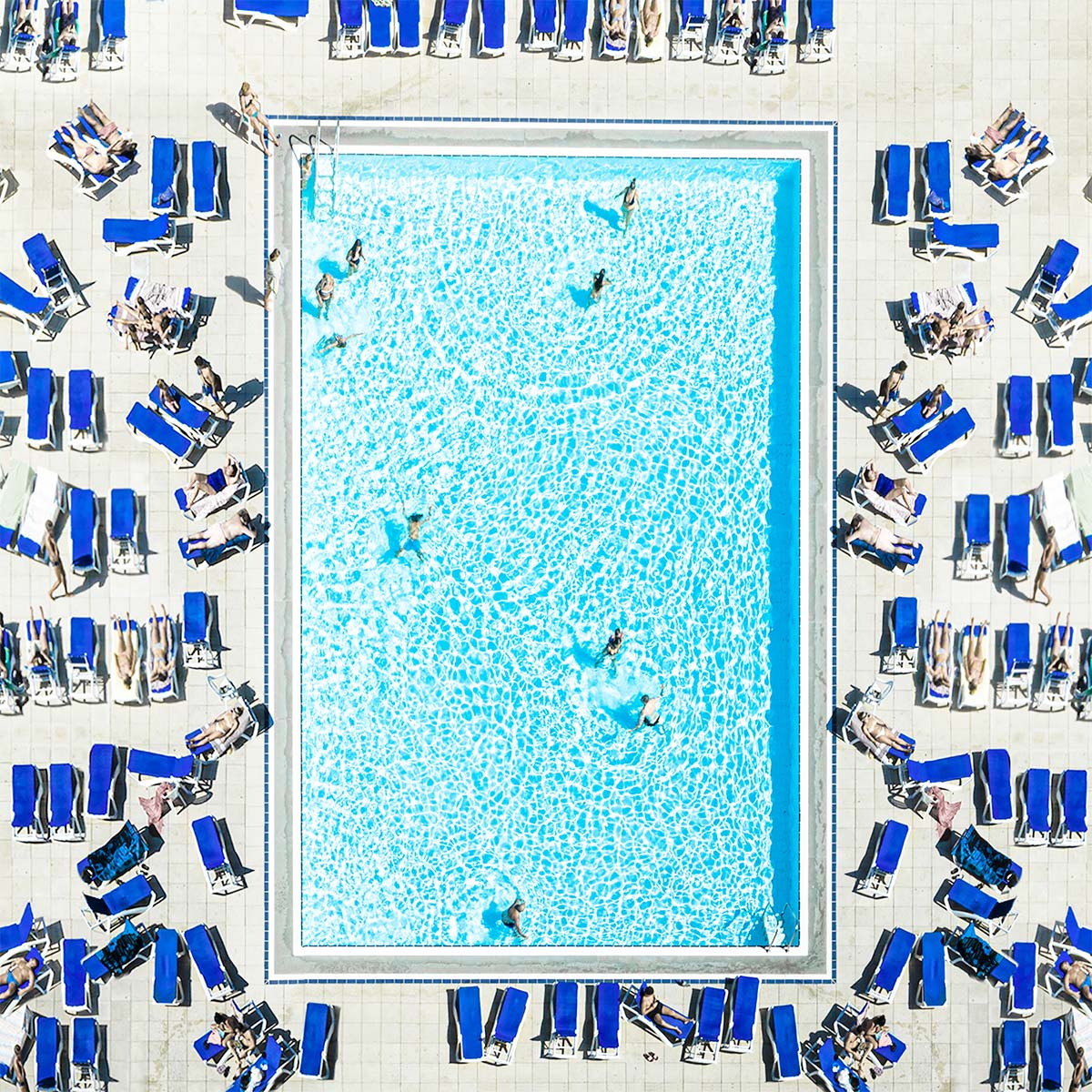swimming_pool_barcelona_2019.jpg