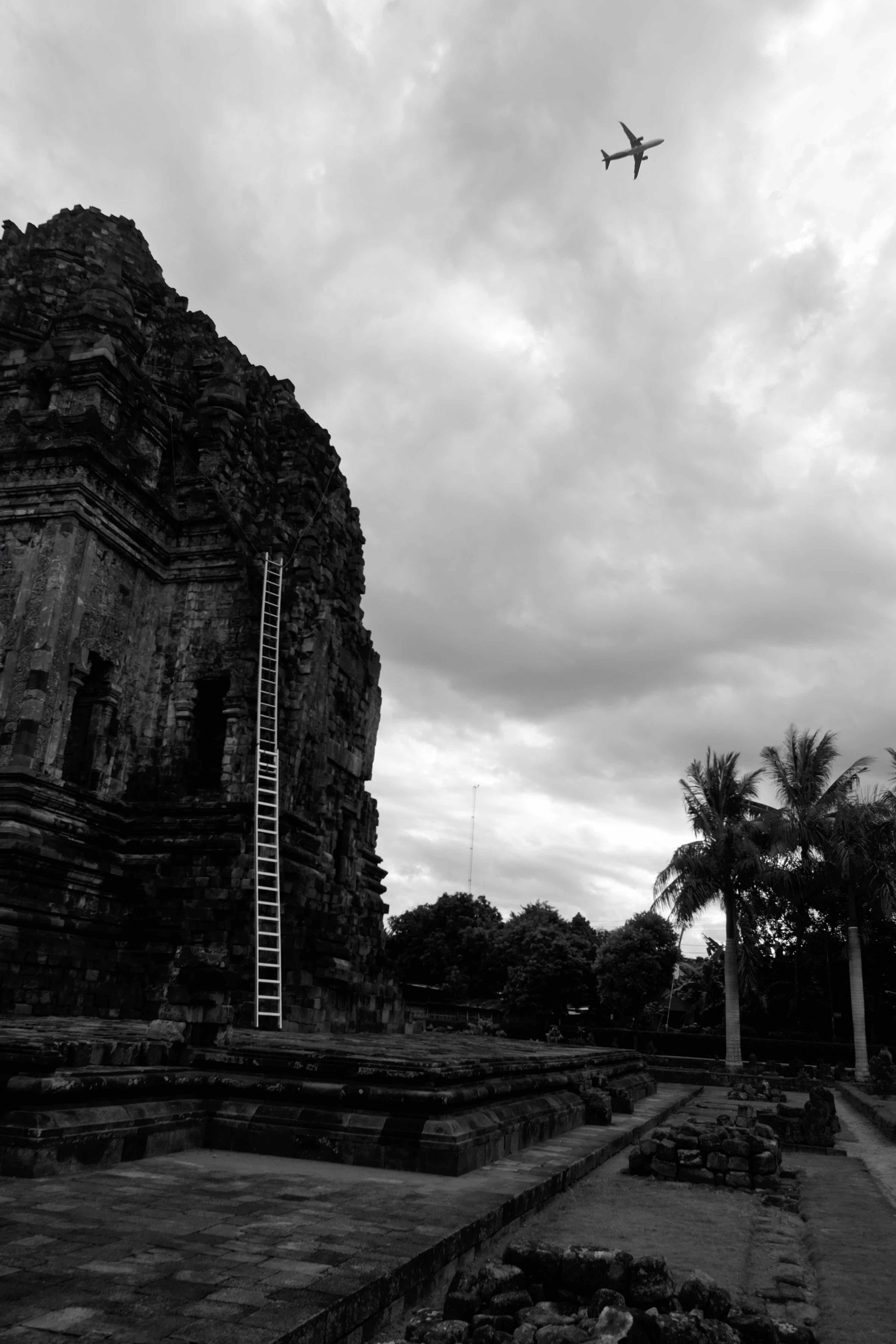 Fotó: Bartis Attila: Repülőgép és létra, Yogyakarta, Jáva, 2016