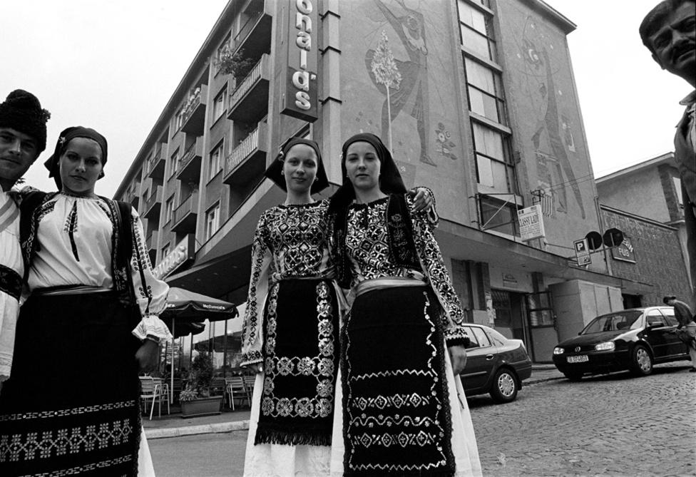 Fotó: Molnár Zoltán: Marosvásárhely / Targu Mures, Erdély 2001