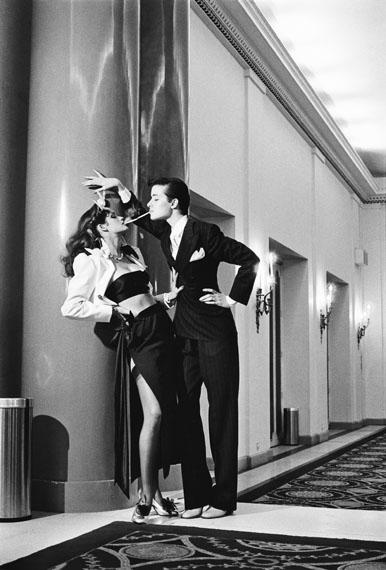 Fotó: Helmut Newton: Fashion Yves Saint Laurent, French Vogue, Paris 1979 © Helmut Newton Estate