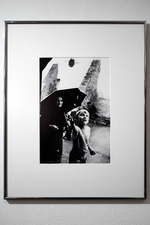 Bruno Bourel: Pár csepp eső, Budapest, 1992. / A few drops of rain, Budapest, 1992. <br />Fotó: Kiss Imre