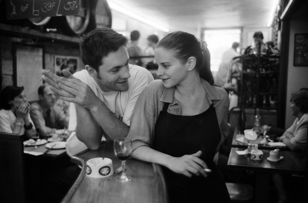 Fotó: Peter Turnley: Brasserie de l'Isle Saint-Louis, 1995 © Peter Turnley