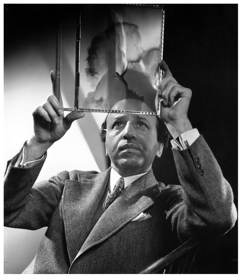photographer-yousuf-karsh-self-portrait.jpg