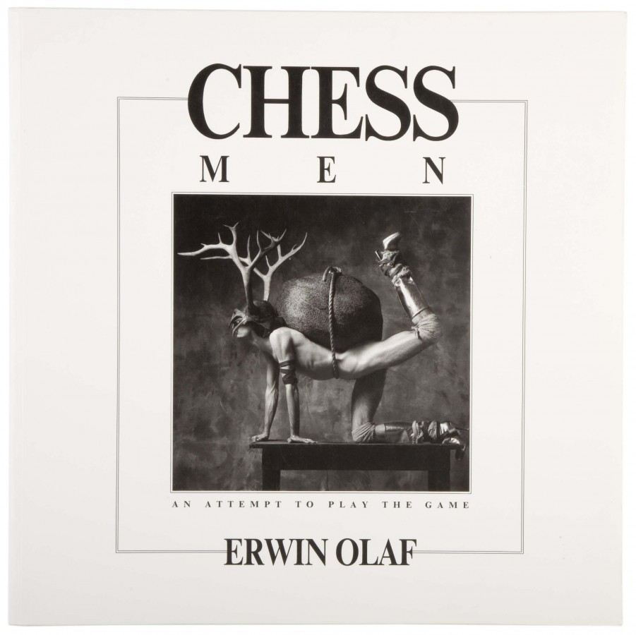 Erwin Olaf: Chessmen. an attempt to play the game.<br />Amszterdam, Focus Amsterdam<br />1988