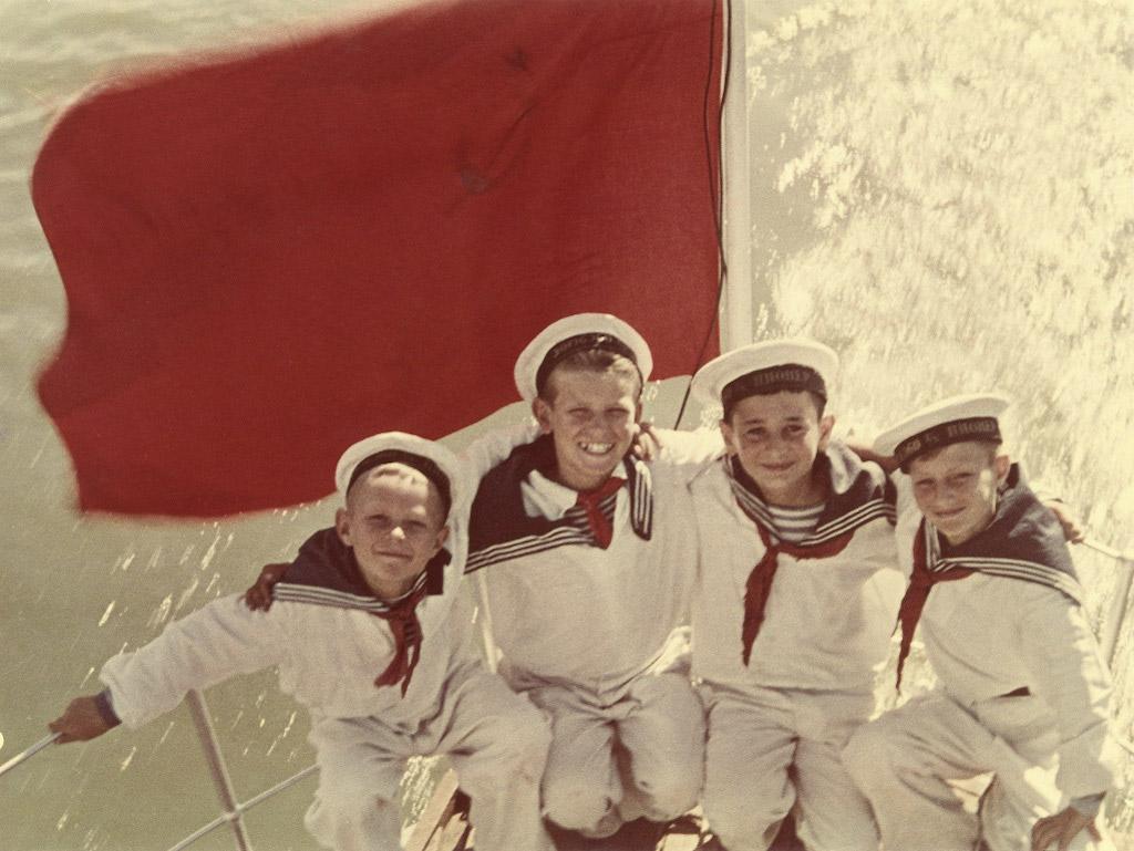 yakov-khalip-sea-cadets-end-of-1940s-web.jpg