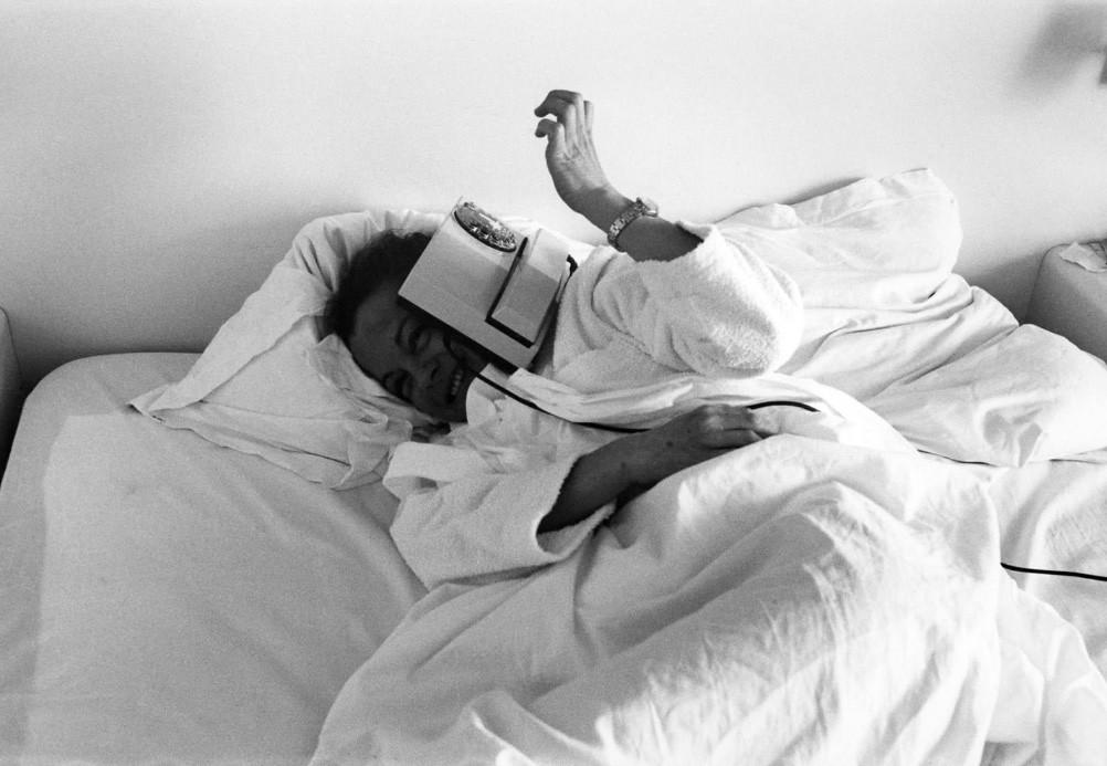 Fotó: Robert Lebeck: Romy Schneider, Quiberon, 1981 © Robert Lebeck