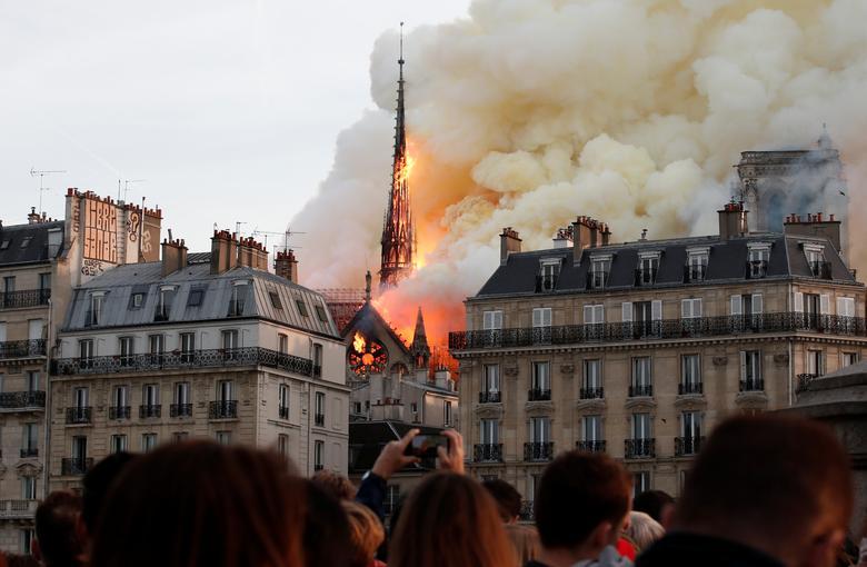 Fotó: Benoit Tessier: A lángoló Notre Dame, 2019. április 15. © Reuters/Benoit Tessier