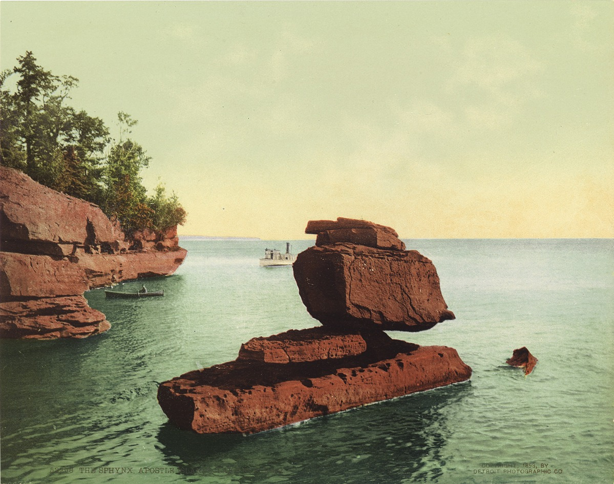 Fotó: Ismeretlen / Detroit Photo Company: The Sphynx, Apostol szigetek, Lake Superior, 1898, kromolitográfia<br />Smithsonian American Art Museum, Gift of Mitchell and Nancy Steir