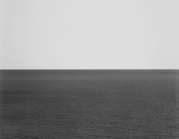 Fotó: Hiroshi Sugimoto: North Pacific Ocean, Ohkurosaki, 2002 © Fraenkel Gallery/Hiroshi Sugimoto