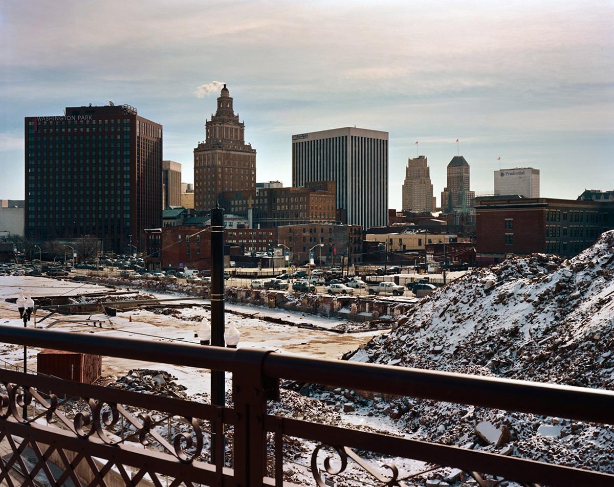 Fotó: Szatmári Gergely: Newark City Scape. Részlet a Meadowlands című sorozatból