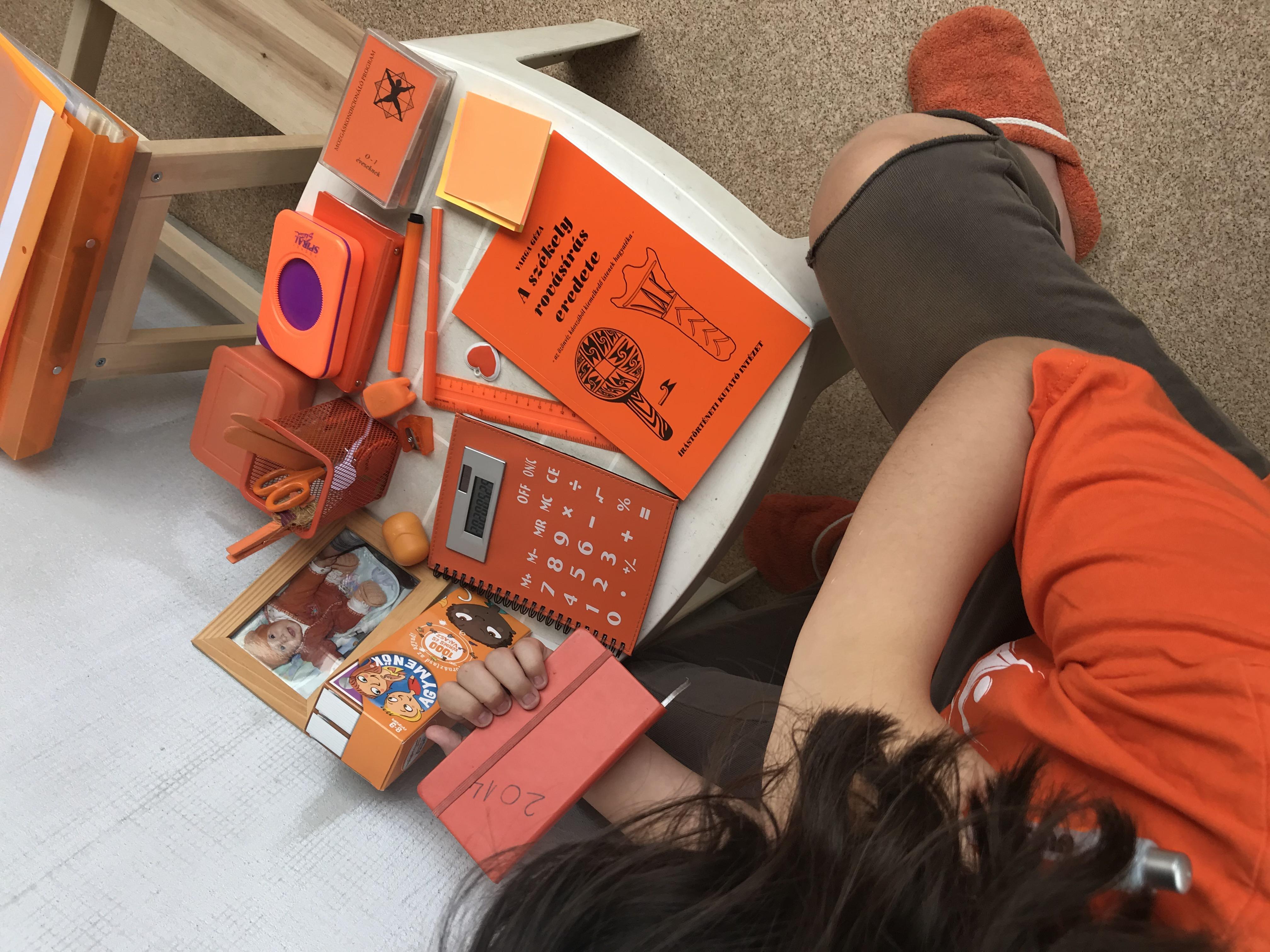 Fotó: Bokor Flóra Lujza: Narancs irodai munka
