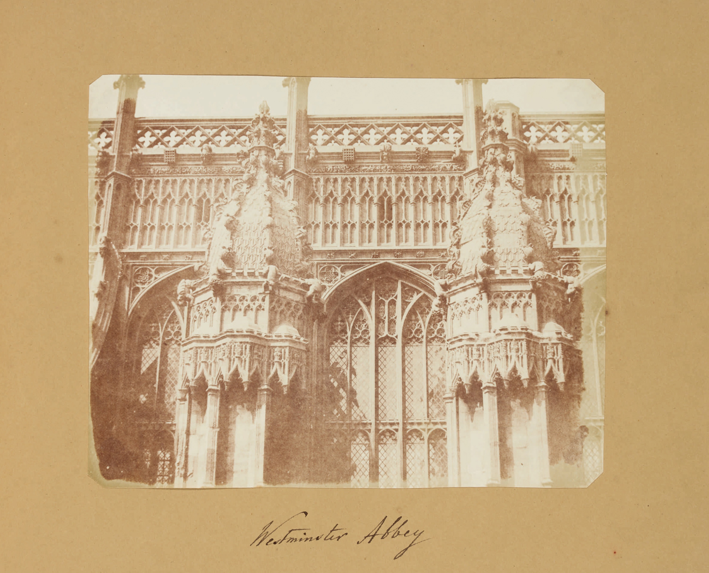 Fotó: William Henry Fox Talbot:<br />Westminster Abbey (c. 1843)<br />William Henry Fox Talbot Archive<br />Courtesy of Sotheby's