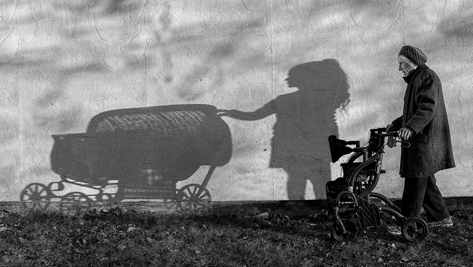 Fotó: © Tony Luciani<br /><br />Amikor a gyereknek gyereke van.
