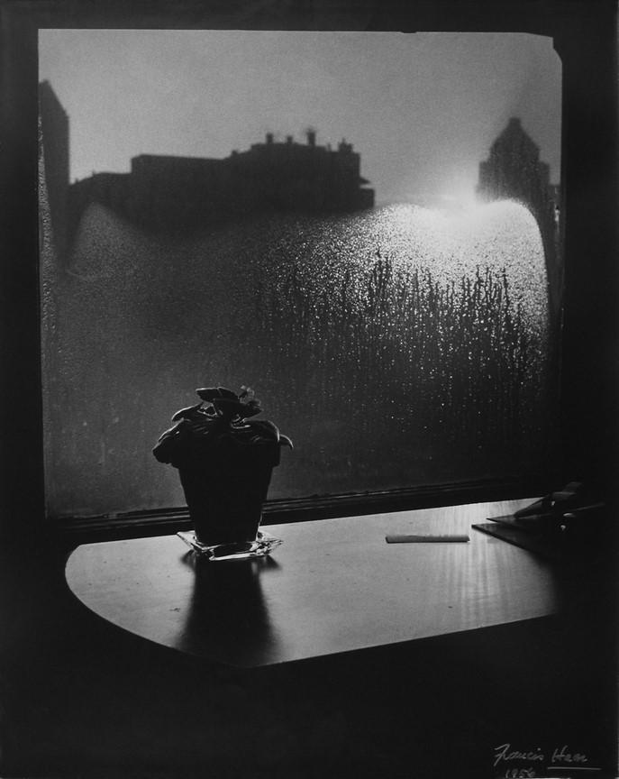 Fotó: Haár Ferenc: Hotelszobám ablaka téli reggel, 1956 © Magyar Fotográfiai Múzeum